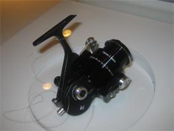 魚釣用スピニングリール オーパス-1 ネロ