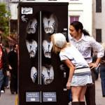 ロンドンにオニツカタイガーの自販機!?なら、江ノ島にまるげのびーさん「げんべい」の自販機もいけるんじゃない?世界のオモシロベンダーいろいろ。