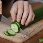 まな板のデザインを頼まれたら、きっとこうするな…だって食材の大きさが揃ってる方が、料理がおいしく見えるもんね!〜Cutting board Design.