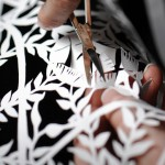 神宿る手!ノルウェー女性切り絵アーティストKaren Bit Vejlesさんのハサミひとつでつくり出すアメージングなペーパーアートワークデザイン。