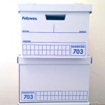 """オシャレなダンボール収納箱バンカーズボックス""""Bankers Box""""を購入。佐藤可士和事務所のように理路整然と書類整理できるといいのだけど…"""